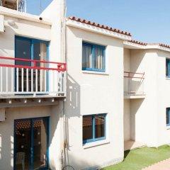 Отель Green Bungalows Hotel Apartments Кипр, Айя-Напа - 6 отзывов об отеле, цены и фото номеров - забронировать отель Green Bungalows Hotel Apartments онлайн балкон