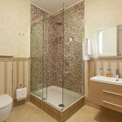 Royal Hotel Spa & Wellness 4* Стандартный номер с различными типами кроватей фото 20