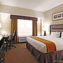 Отель Holiday Inn Express Hotel & Suites Ottawa Airport, an IHG Hotel Канада, Оттава - отзывы, цены и фото номеров - забронировать отель Holiday Inn Express Hotel & Suites Ottawa Airport, an IHG Hotel онлайн комната для гостей фото 2