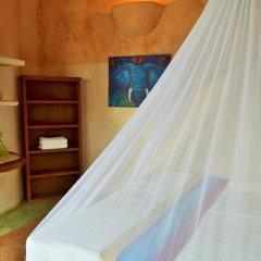 Отель Posada del Sol Tulum сейф в номере