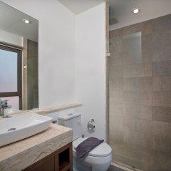 Отель Villa Maluku Пхукет ванная