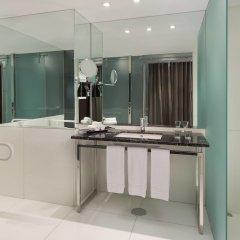 Sheraton Lisboa Hotel & Spa ванная фото 2