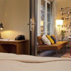 Отель Henri Hotel Hamburg Downtown Германия, Гамбург - 1 отзыв об отеле, цены и фото номеров - забронировать отель Henri Hotel Hamburg Downtown онлайн комната для гостей фото 3