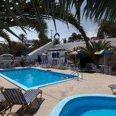 Отель Margarita бассейн