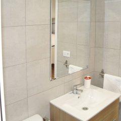 Отель Down Town 13 Испания, Валенсия - отзывы, цены и фото номеров - забронировать отель Down Town 13 онлайн ванная фото 2