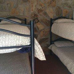 Campamento Quimpi Hostel Ла-Матанса-де-Асентехо сейф в номере