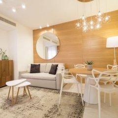 Отель Metropol Ceccarini Suite Риччоне комната для гостей фото 9