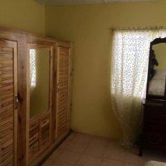 The blue Lagoon Hostel & Private Rooms удобства в номере фото 2
