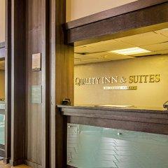 Отель Quality Inn & Suites Denver Stapleton интерьер отеля