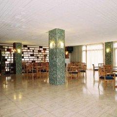 Отель azuLine Hotel S'Anfora & Fleming Испания, Сан-Антони-де-Портмань - отзывы, цены и фото номеров - забронировать отель azuLine Hotel S'Anfora & Fleming онлайн развлечения