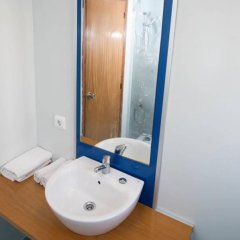 Апартаменты The Blue Apartments by Ibiza Feeling - Adult Only ванная фото 2