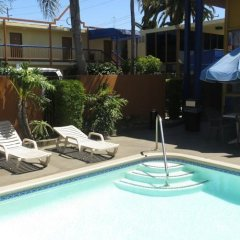 Отель Days Inn Airport Center LAX бассейн фото 3