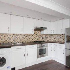 Отель Central 2 Bedroom Seafront Flat in Kemp Town Кемптаун в номере