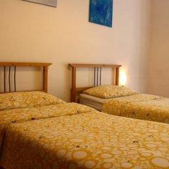 Отель B&B Bari Murat Бари сейф в номере