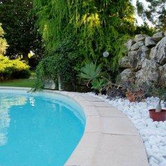 Отель Le Mas de la Treille Bed & Breakfast бассейн фото 3