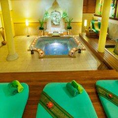 Отель Khaolak Bay Front Resort бассейн фото 2