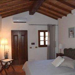 Отель Borgo Terrosi Синалунга сейф в номере