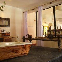 Отель 3 Rooms by Pauline Непал, Катманду - отзывы, цены и фото номеров - забронировать отель 3 Rooms by Pauline онлайн бассейн