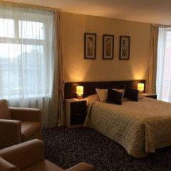 Гостиница Виктория в Выборге 9 отзывов об отеле, цены и фото номеров - забронировать гостиницу Виктория онлайн Выборг комната для гостей фото 2