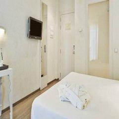 Отель Hesperia Ramblas Испания, Барселона - отзывы, цены и фото номеров - забронировать отель Hesperia Ramblas онлайн удобства в номере фото 2