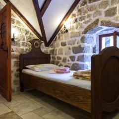 Отель Hostel Old Town Kotor Черногория, Котор - отзывы, цены и фото номеров - забронировать отель Hostel Old Town Kotor онлайн комната для гостей фото 3