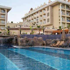 Отель Adalya Resort & Spa бассейн