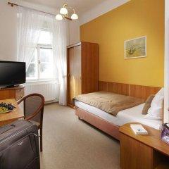 Отель Pawlik Чехия, Франтишкови-Лазне - отзывы, цены и фото номеров - забронировать отель Pawlik онлайн комната для гостей