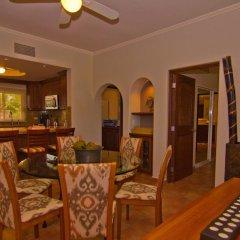Отель Las Mananitas LM C308 3 Bedroom Condo By Seaside Los Cabos в номере