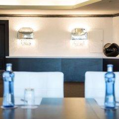 Отель Fairmont Rey Juan Carlos I Барселона гостиничный бар