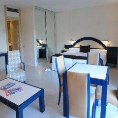 Отель Sercotel Suite Palacio del Mar Испания, Сантандер - отзывы, цены и фото номеров - забронировать отель Sercotel Suite Palacio del Mar онлайн комната для гостей фото 2