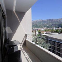 Отель Butua Residence Черногория, Будва - отзывы, цены и фото номеров - забронировать отель Butua Residence онлайн балкон