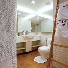 Отель Jomtien Palm Beach Hotel And Resort Таиланд, Паттайя - 10 отзывов об отеле, цены и фото номеров - забронировать отель Jomtien Palm Beach Hotel And Resort онлайн ванная фото 2