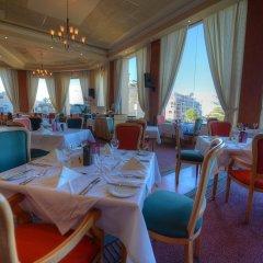 Отель Golden Tulip Vivaldi Hotel Мальта, Сан Джулианс - 2 отзыва об отеле, цены и фото номеров - забронировать отель Golden Tulip Vivaldi Hotel онлайн гостиничный бар