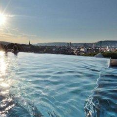 B2 Boutique Hotel + Spa бассейн фото 3