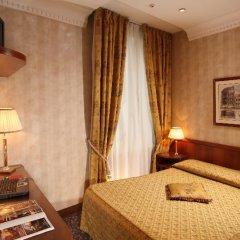 Hotel Condotti 3* Стандартный номер с двуспальной кроватью фото 20