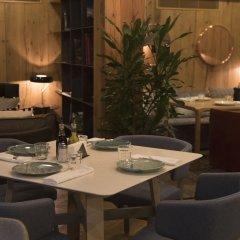 Отель Shota@Rustaveli Boutique hotel Грузия, Тбилиси - 5 отзывов об отеле, цены и фото номеров - забронировать отель Shota@Rustaveli Boutique hotel онлайн питание фото 3