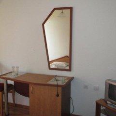 Отель Family Hotel Denica Болгария, Аврен - отзывы, цены и фото номеров - забронировать отель Family Hotel Denica онлайн удобства в номере