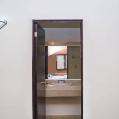 Отель Sahara Мексика, Плая-дель-Кармен - отзывы, цены и фото номеров - забронировать отель Sahara онлайн ванная