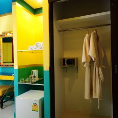 Отель Egypt Boutique Бангкок сейф в номере