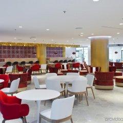 Отель NH Collection Madrid Eurobuilding фото 10