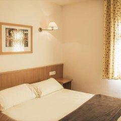 Апартаменты Pins Platja Apartments комната для гостей фото 3
