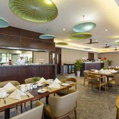 Отель Silk Sense Hoi An River Resort Вьетнам, Хойан - отзывы, цены и фото номеров - забронировать отель Silk Sense Hoi An River Resort онлайн питание фото 2