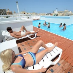 Отель Day's Inn Мальта, Слима - отзывы, цены и фото номеров - забронировать отель Day's Inn онлайн бассейн