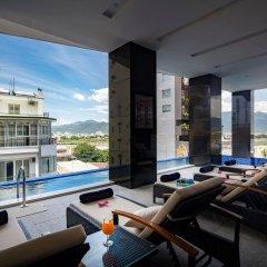 Отель Red Sun Nha Trang Hotel Вьетнам, Нячанг - отзывы, цены и фото номеров - забронировать отель Red Sun Nha Trang Hotel онлайн гостиничный бар