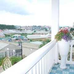 Отель Calla Lily Villa Далат балкон