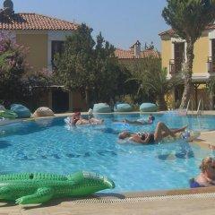Gondol Apartments Турция, Олудениз - отзывы, цены и фото номеров - забронировать отель Gondol Apartments онлайн бассейн фото 3