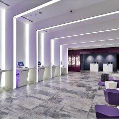 Отель YOTEL Singapore Orchard Road Сингапур интерьер отеля фото 2