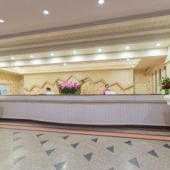 Отель Beyond Resort Kata интерьер отеля