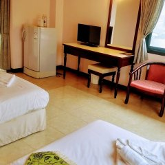Mei Zhou Phuket Hotel комната для гостей фото 3