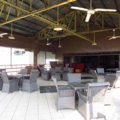 Отель Mactan Pension House Филиппины, Лапу-Лапу - отзывы, цены и фото номеров - забронировать отель Mactan Pension House онлайн бассейн